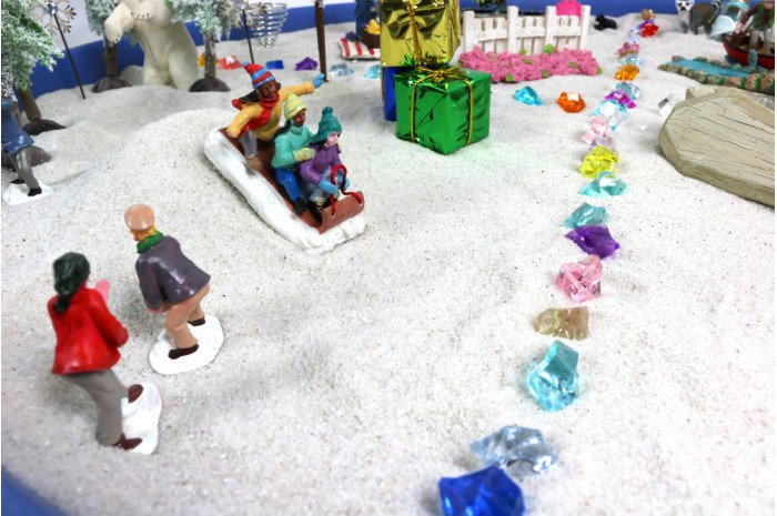 Group Round Plastic Sand Tray