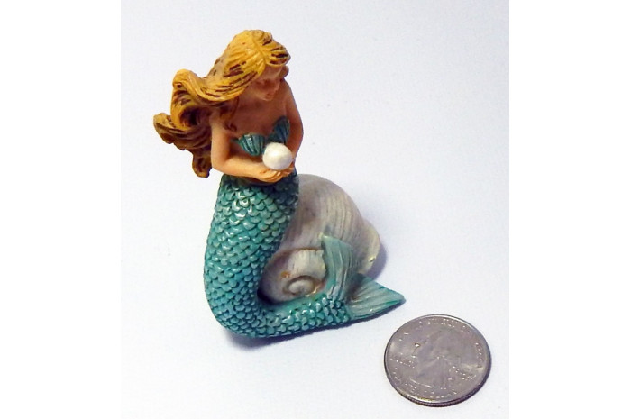 Mermaid with Pearl