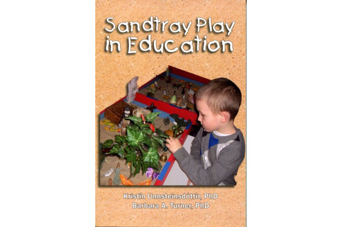 Sandtray Play in Education: A Teacher's Guide