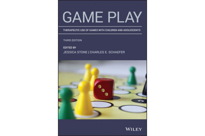 Game Play: Therapeutic Use of Games with Children and Adolescents